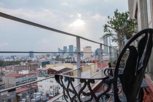 Puerta Alameda Suites, Apartmány  Mexiko - big - 99