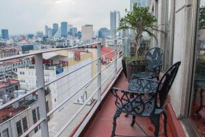 Puerta Alameda Suites, Apartmány  Mexiko - big - 98