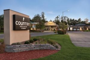 Country Inn & Suites by Radisson, Traverse City, MI - Hotel - Traverse City