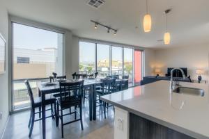 The Brand Glendale 1201 - Apartment - Glendale