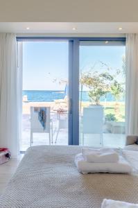 Pyrgos Blue, Apartmanhotelek  Mália - big - 8