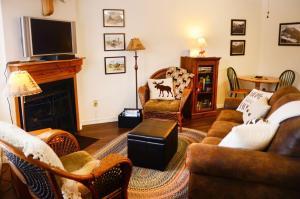 Wolf Lodge Condo #303 - Apartment - Eden