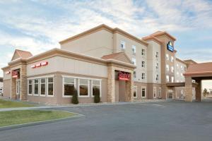 Days Inn & Suites by Wyndham Edmonton Airport - Hotel - Leduc