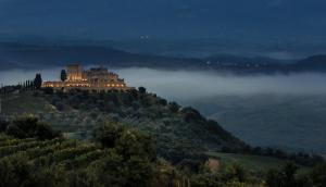 Castello di Velona Resort Thermal SPA & Winery, Hotels  Montalcino - big - 53