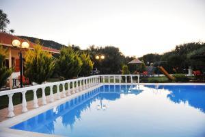 Villa Dimitris Apartments & Bungalows, Apartmány  Lefkada - big - 32