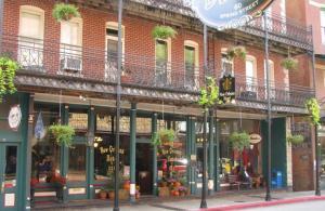 New Orleans Hotel Eureka Springs