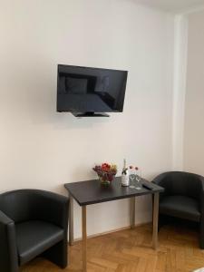Clean, calm, bright Apartment in the heart of Prague