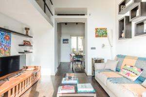 Charming Flat in a Ancient Convent - Naples - AbcAlberghi.com