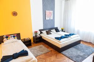 Vitosha Boulevard - Family and Friends Apart