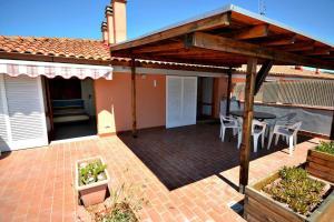 Appartamento Porto Azzurro - AbcAlberghi.com