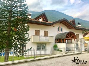 La Betulla Apartments - AbcAlberghi.com
