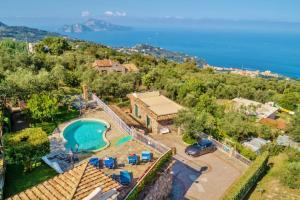 Conca Verde Villa Sleeps 14 Pool Air Con WiFi - AbcAlberghi.com