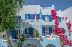 Galazia Studios, Aparthotely - Naxos