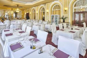 Hôtel Le Royal Promenade des Anglais, Hotel  Nice - big - 67