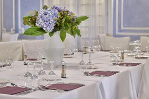 Hôtel Le Royal Promenade des Anglais, Hotel  Nice - big - 65