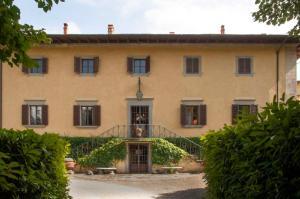 Vignole Olmi Villa Sleeps 12 Pool WiFi