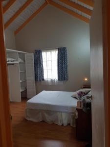 Beautiful Rodney Bay bungalow, Nyaralók  Gros Islet - big - 33