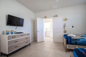 ACO PREMIUM - 8 Bd with Private Pool and Spa (1727), Prázdninové domy  Kissimmee - big - 22