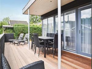 Three-Bedroom Holiday Home in Juelsminde, Case vacanze  Sønderby - big - 16