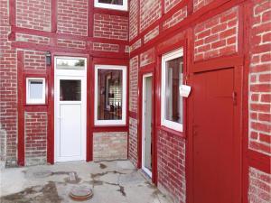 Three-Bedroom Holiday Home in Loitz - Grimmen