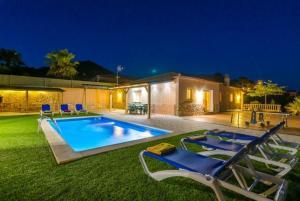 obrázek - Montbarbat Villa Sleeps 9 Pool WiFi