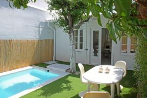 Can Tunis Villa Sleeps 10 Pool Air Con WiFi - Barcelona