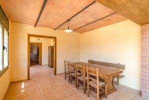 Vidreres Villa Sleeps 14 Pool Air Con WiFi, Vily  Vidreres - big - 49