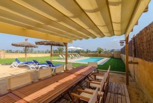 Vidreres Villa Sleeps 14 Pool Air Con WiFi, Vily  Vidreres - big - 48