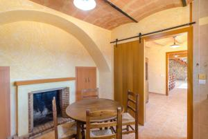 Vidreres Villa Sleeps 14 Pool Air Con WiFi, Vily  Vidreres - big - 43