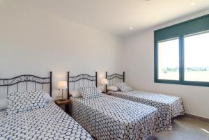 Vidreres Villa Sleeps 14 Pool Air Con WiFi, Vily  Vidreres - big - 37