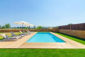 Vidreres Villa Sleeps 14 Pool Air Con WiFi, Vily  Vidreres - big - 31
