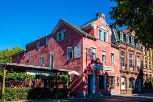 Villa Croatia & Restaurant Adria - Erlenbach am Main