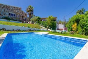 Montbarbat Villa Sleeps 6 Pool WiFi, Vily  Mont Barbat - big - 2