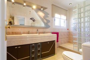 Montbarbat Villa Sleeps 6 Pool WiFi, Vily  Mont Barbat - big - 30