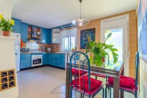 Montbarbat Villa Sleeps 6 Pool WiFi, Vily  Mont Barbat - big - 19