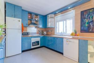 Montbarbat Villa Sleeps 6 Pool WiFi, Vily  Mont Barbat - big - 17