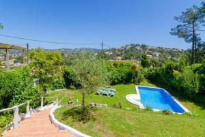 Montbarbat Villa Sleeps 6 Pool WiFi, Vily  Mont Barbat - big - 18