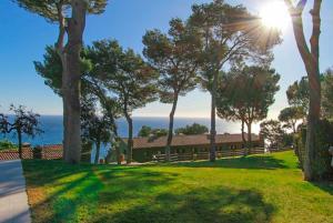 Llafranc Villa Sleeps 8 Pool WiFi, Vily  Llafranc - big - 32