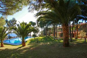 Llafranc Villa Sleeps 8 Pool WiFi, Vily  Llafranc - big - 4