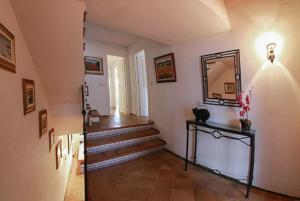 Llafranc Villa Sleeps 8 Pool WiFi, Vily  Llafranc - big - 15