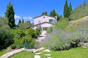 Saint-Marc-Jaumegarde Villa Sleeps 10 Pool WiFi - Peymeinade