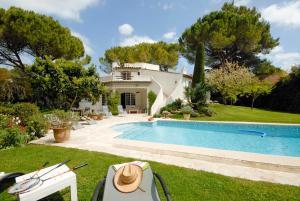 La Roquette sur Siagne Villa Sleeps 6 Pool WiFi