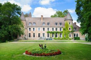 Paray-le-Fresil Chateau Sleeps 15 Pool WiFi - Gennetines