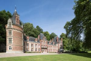 Bazincourt-sur-Epte Chateau Sleeps 24 Pool WiFi - Montroty