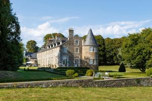 Domjean Chateau Sleeps 20 WiFi - Vire
