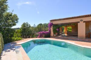 Cala Bitta Villa Sleeps 6 Pool Air Con WiFi - AbcAlberghi.com