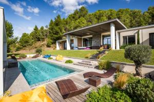 Vingrau Villa Sleeps 12 Pool Air Con WiFi