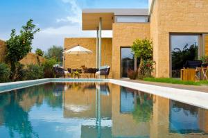 Kontomari Villa Sleeps 8 Pool Air Con WiFi