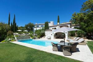 Guerre Vieille Villa Sleeps 10 Pool Air Con WiFi I 3