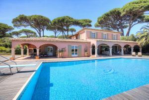 Guerre Vieille Villa Sleeps 10 Pool Air Con WiFi I 2